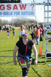 Jigsaw Race for Autism in East Islip 1252