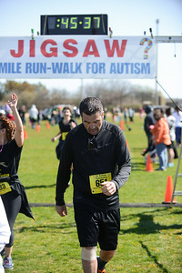 Jigsaw Race for Autism in East Islip 1276