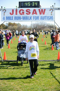 Jigsaw Race for Autism in East Islip 1271