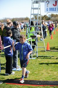 Jigsaw Race for Autism in East Islip 1270