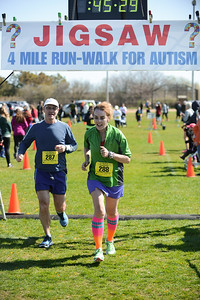 Jigsaw Race for Autism in East Islip 1259