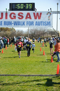 Jigsaw Race for Autism in East Islip 1411