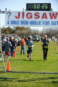 Jigsaw Race for Autism in East Islip 1405