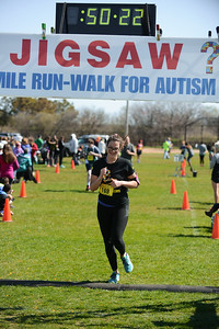 Jigsaw Race for Autism in East Islip 1401