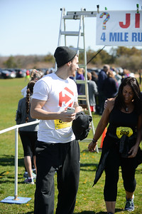 Jigsaw Race for Autism in East Islip 1432