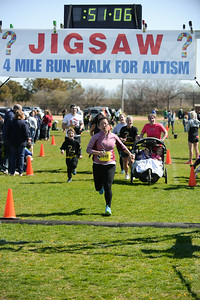 Jigsaw Race for Autism in East Islip 1423