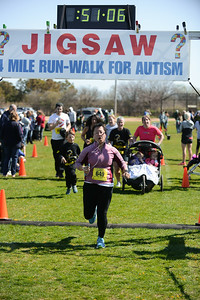 Jigsaw Race for Autism in East Islip 1424