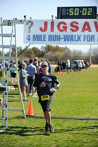 Jigsaw Race for Autism in East Islip 1399