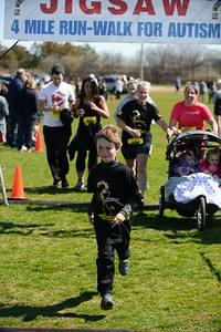 Jigsaw Race for Autism in East Islip 1425