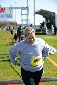 Jigsaw Race for Autism in East Islip 1436