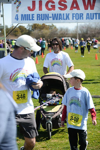 Jigsaw Race for Autism in East Islip 1416