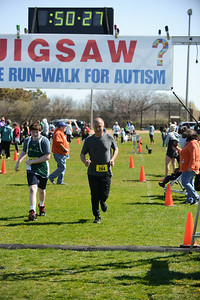 Jigsaw Race for Autism in East Islip 1406