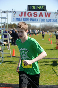 Jigsaw Race for Autism in East Islip 1440