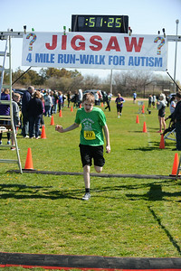 Jigsaw Race for Autism in East Islip 1437