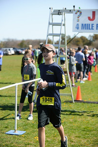 Jigsaw Race for Autism in East Islip 1400