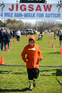 Jigsaw Race for Autism in East Islip 1578