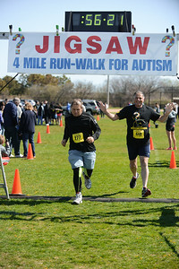 Jigsaw Race for Autism in East Islip 1573
