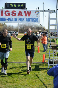 Jigsaw Race for Autism in East Islip 1575
