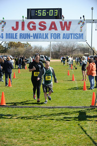 Jigsaw Race for Autism in East Islip 1563