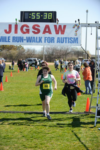 Jigsaw Race for Autism in East Islip 1554