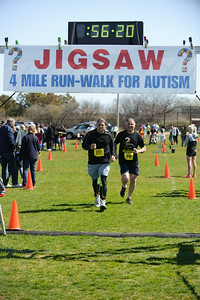 Jigsaw Race for Autism in East Islip 1572