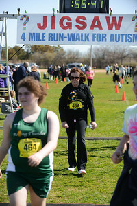 Jigsaw Race for Autism in East Islip 1557