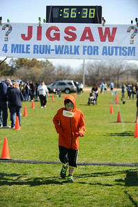 Jigsaw Race for Autism in East Islip 1577