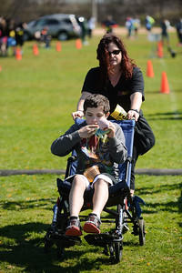 Jigsaw Race for Autism in East Islip 1586