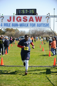 Jigsaw Race for Autism in East Islip 1594