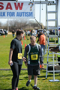 Jigsaw Race for Autism in East Islip 1566