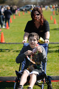 Jigsaw Race for Autism in East Islip 1590