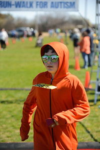 Jigsaw Race for Autism in East Islip 1580