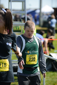 Jigsaw Race for Autism in East Islip 1568
