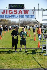Jigsaw Race for Autism in East Islip 1564