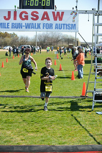 Jigsaw Race for Autism in East Islip 1658