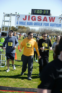 Jigsaw Race for Autism in East Islip 1667