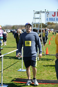 Jigsaw Race for Autism in East Islip 1671