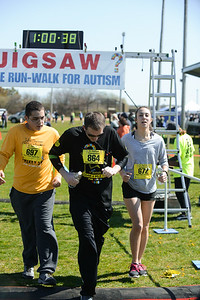 Jigsaw Race for Autism in East Islip 1669