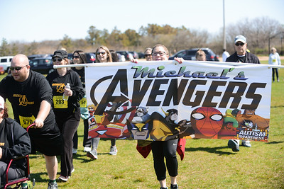 Jigsaw Race for Autism in East Islip 2087