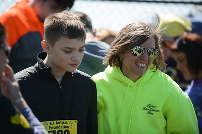 Jigsaw Race for Autism in East Islip 2101