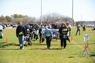 Jigsaw Race for Autism in East Islip 2079