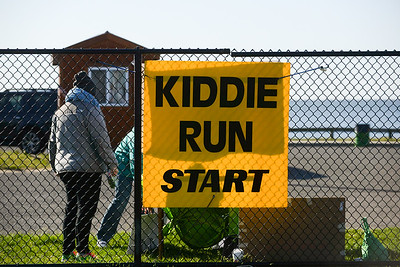 Jigsaw Race for Autism in East Islip 0005