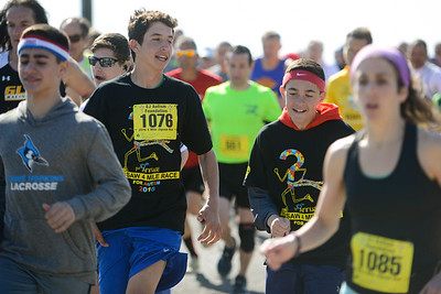Jigsaw Race for Autism in East Islip 0169