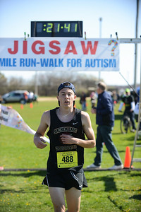 Jigsaw Race for Autism in East Islip 0341