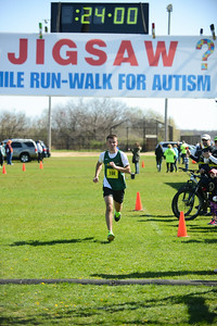 Jigsaw Race for Autism in East Islip 0366