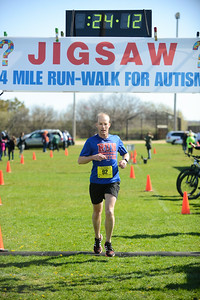 Jigsaw Race for Autism in East Islip 0374