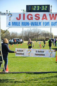 Jigsaw Race for Autism in East Islip 0356