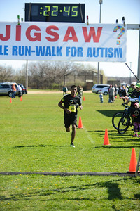 Jigsaw Race for Autism in East Islip 0344