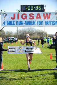 Jigsaw Race for Autism in East Islip 0358