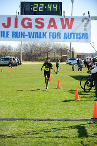 Jigsaw Race for Autism in East Islip 0343